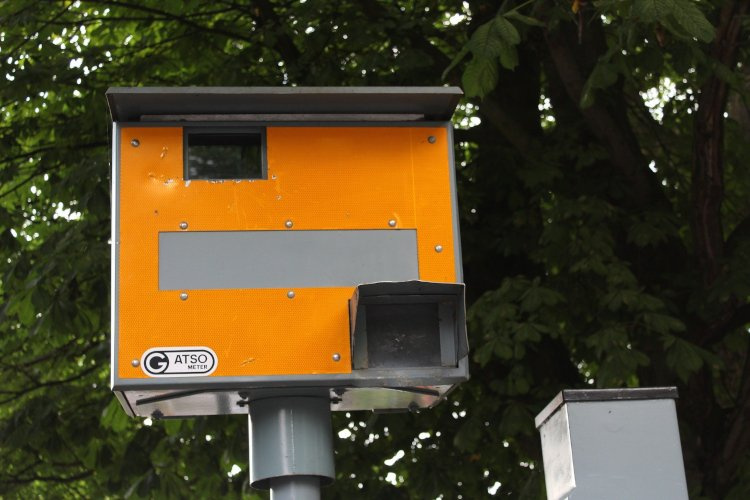 Gatso Speed Camera Working To Give You A Speeding Ticket